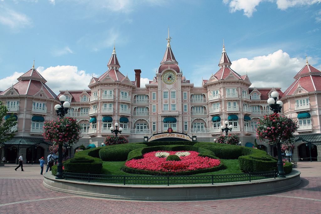 Paris Disneyland hotel